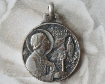 Saint BERNADETTE  Vintage Religious Medal Pendant on 18 inch sterling silver rolo chain