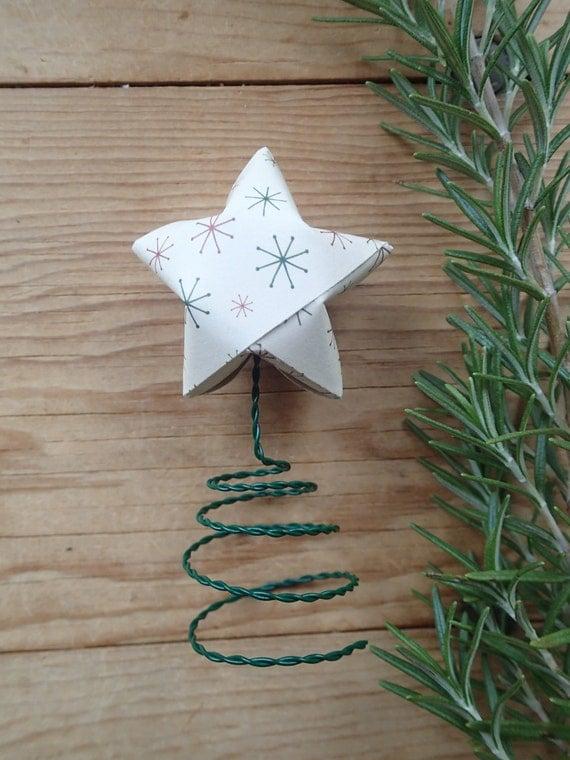 tiny christmas tree topper star burst origami star star. Black Bedroom Furniture Sets. Home Design Ideas