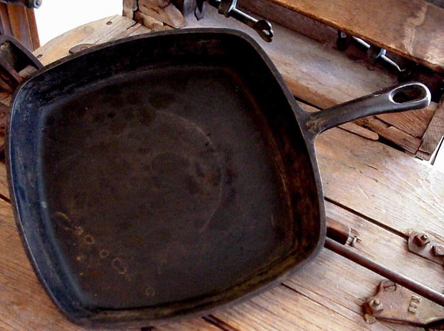 Cast Iron Skillet Square Cornbread Stove Oven Skillet Vintage