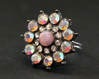 Vintage Button Ring. Pink Rhinestone Ring. Rhinestone Flower Ring. Adjustable Ring. Handmade Jewelry.