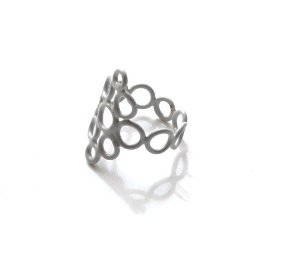 Size 5, simple geometric style jumpring circle ring in grey, moderne delicate style, durable plastic surface, SALE 50%