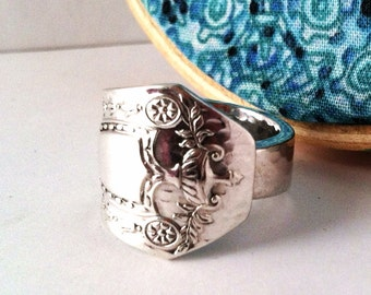 Spoon Ring, Size 12, Heraldic 1916, Highly Collectible