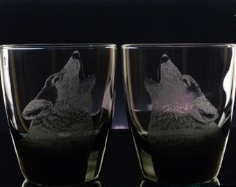 4 Engraved Wolf Tumbler Glass Set whiskey glass  groomsmen gift - Barware  Gifts for Men - Bar Black Glass Mocha personalized