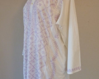Vintage Hand Embroidered Tunic Caftan Lavender White Cotton Shirt Top Dress Plus Size