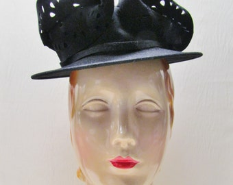 1930's black felt high fashion hat, black felt hat with unusual design