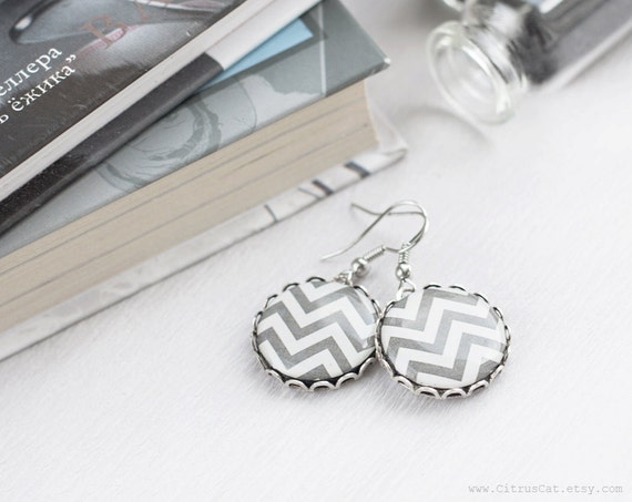 Gray chevron earrings, Geometric jewelry, Chevron jewelry, Gray earrings