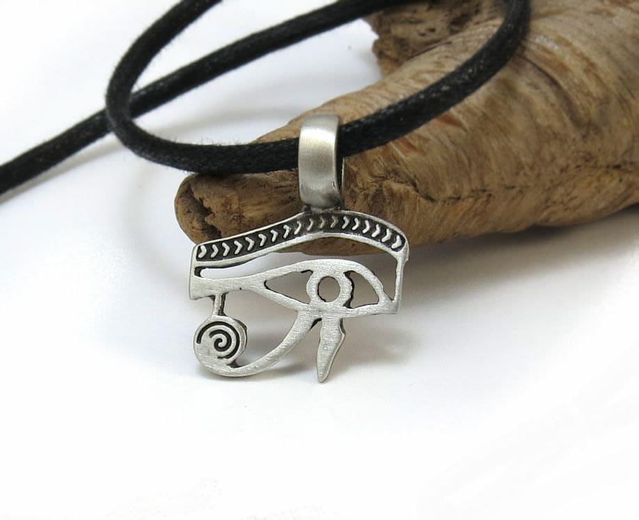 eye of horus necklace eye of ra pendant ancient