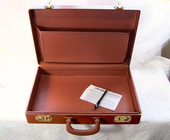 Vintage Briefcase - U.S. Government Issue brown leather like minimalist briefcase by Marsden Mfg.  MID Century WWII Vietnam Issue