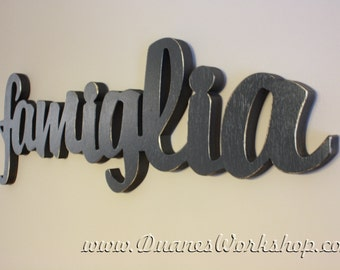 "8"" famiglia Sign,Wall hanging, Wooden famiglia sign, wooden letters,wooden sign, home decor, wood sign, Housewares, Wall Decor"