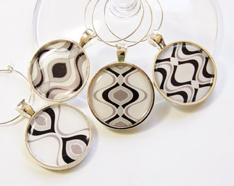 Wine Glass Charms, Abstract Wine Charms, Wine Charms, barware, wine lovers, entertaining, table setting, Black, White, Gray (2763)