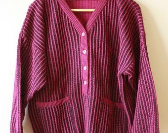 80s Ribbed Women's V-Neck Sweater Size 40 Medium