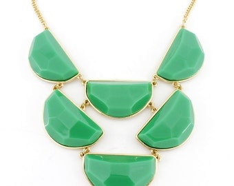 Gorgeous Gold-tone Green Moon Shape Stone Funky Statement Necklace