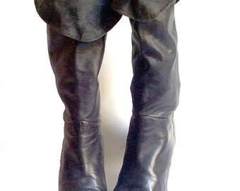 1980s  black leather heels Boots  7.5 / 1980s italian Boots/ Vintage black leather boots  7.5