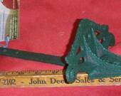 Snow Bird Perch Cast Iron Eave Mount