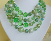 Rope Necklace Green Beads 1930s Vintage
