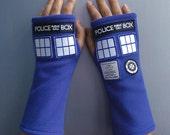 Inspired Doctor Who, Tardis Fleece Mittens
