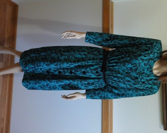 Vintage Long Sleeve Dress w/Belt, size 10, Turquoise and Navy Print, Machine Wash/Dry, Retro Dress #233