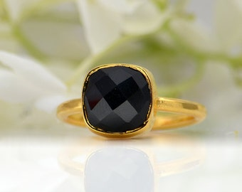 Black Onyx Ring - Cushion Ring - Gemstone Ring - Stacking Ring - Gold Ring - bezel Set Ring - Birthstone ring - mothers Day gift for her