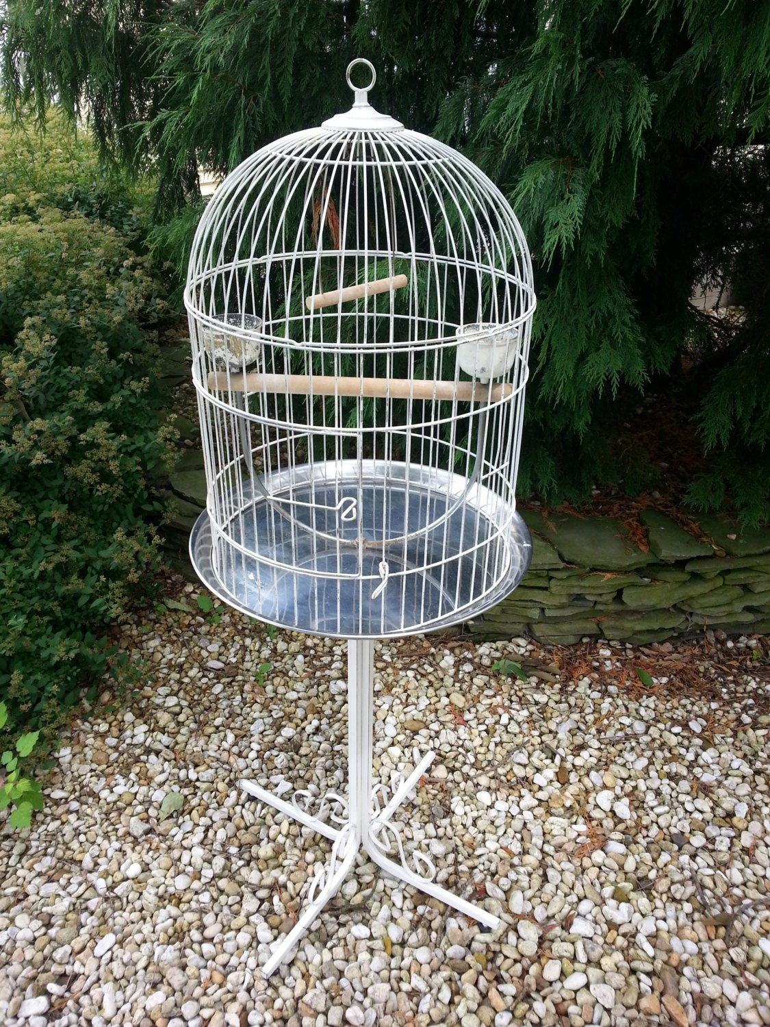 vintage bird cage on stand extra large shabby by luckyhomefinds. Black Bedroom Furniture Sets. Home Design Ideas