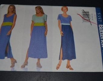 Butterick 5357 Misses/ Misses Petite Top and Dress Sewing Pattern - UNCUT - Sizes 14 16 18