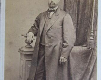 Distinguished Dapper Victorian Gentleman Photo Antique Cabinet Card Photo