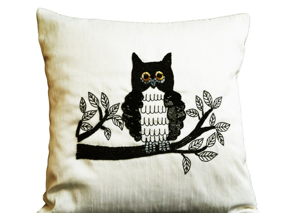 Owl Throw Pillow Etsy : Items similar to Decorative Throw Pillows with Owl Embroidery, Ivory Silk Owl Pillow, Animal ...