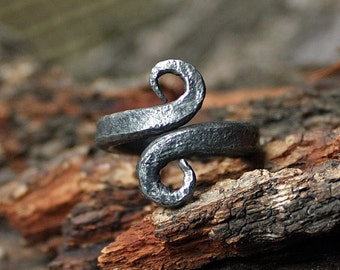 Forged Iron Handmade Viking Jormungandr Serpent Infinity Symbol Nordic Ring
