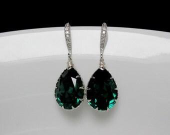 swarovski emerald earrings , green bridesmaids earrings , green rhinestone earrings ,emerald dangle , emerald bridal earrings , green dangle