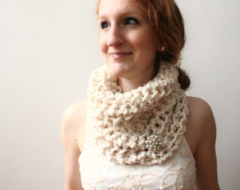 Winter White Cowl Scarf, Chunky Knitted Circle Scarf