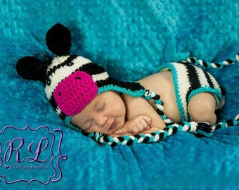 Zebra Hat and Diaper Cover Newborn Set *Free Shipping*