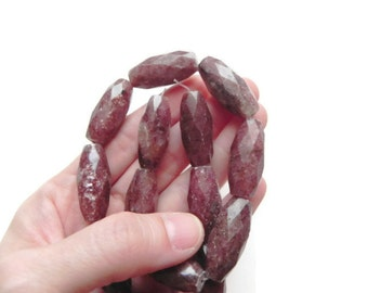 Faceted Muscovite beads, 7 pieces long faceted muscovite beads, burgundy muscovite beads, sparkling muscovite beads