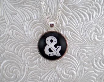 Black and white pendant necklace, & pendant necklace
