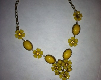 Sunshine yellow summer flower necklace upcycled to today's fashion.
