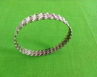 Vintage Metal Bangle Bracelet (Item 675)