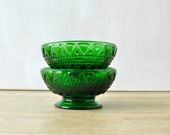 Set of 2 Emerald Green Pressed Glass Bowls - Triangle Pattern- Vintage Glassware - Pressed Glass