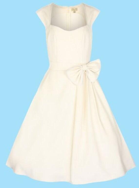 Gorgeous lindy bop ivory 39 grace 39 classy vintage for Lindy bop wedding dress