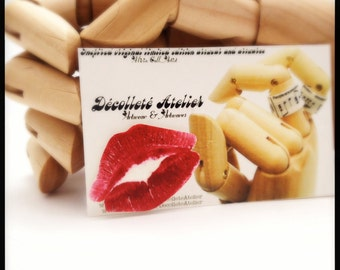 Red Hott SWAK Lips Magnetic Pin - Wearable Kiss Colour Illustration Brooch