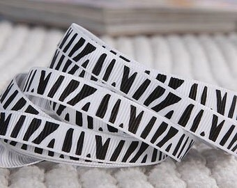 Ribbed Grosgrain Ribbon, 10mm x 5 yards, White and Black Zebra Pattern, Sewing Trim, Scrapbooking, Retail Packaging