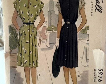 1945 Vintage Misses' Dress Printed Pattern // McCall 5976 // Size 16, Bust 34