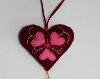 Felt heart Valentines day January trends Winter gift ideas February brown, pink, beads, gifts ideas, soft, plush, felt, Valentine's Day
