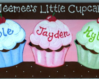 """Personalized Cupcake Sign, Print Sign, Family Sign, """"Yummy Cupcake"""""""