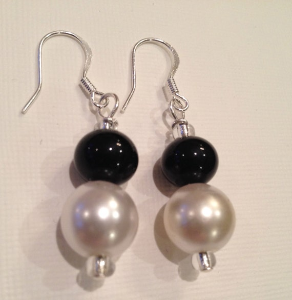 Pearl and Black Onyx bead earrings