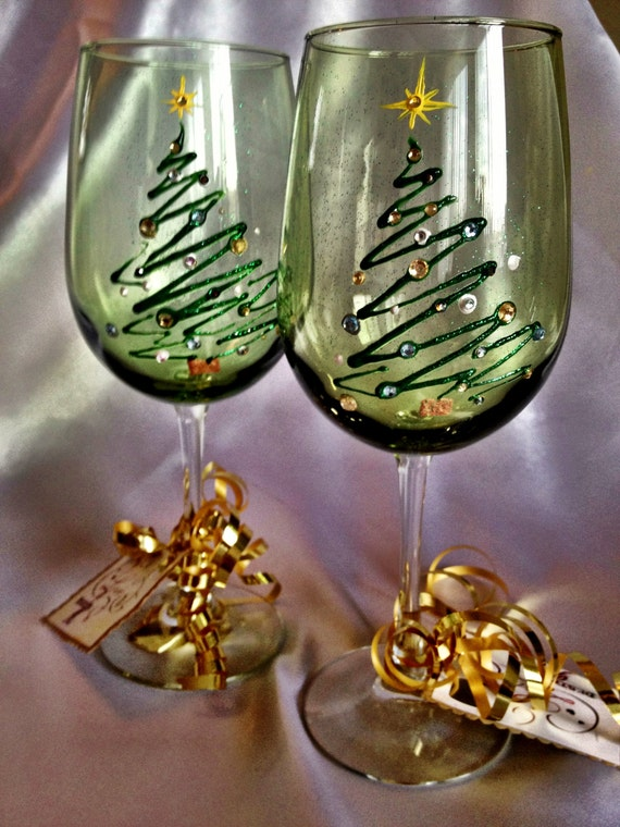 Hand painted christmas tree wine glasses for Christmas glass painting