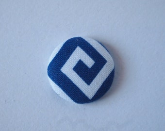 Blue and white diamond geometric swirl print  fabric covered buttons (size 60, 40, 32)