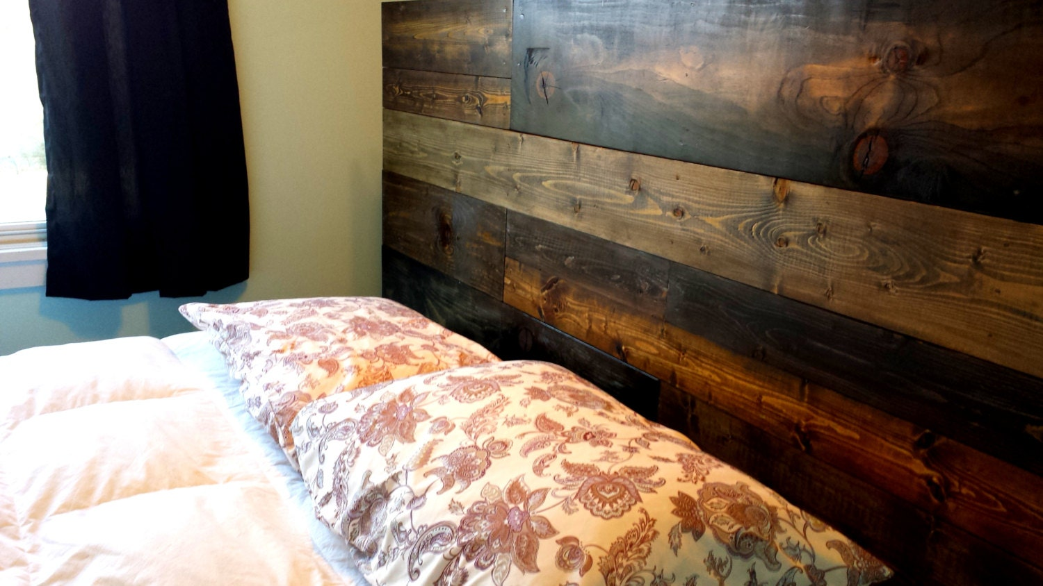 rustic wood headboard for any bed king queen full twin. Black Bedroom Furniture Sets. Home Design Ideas