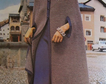Vintage Knitting Patterns, 24 1970s Knitting Patterns by Spinnerin, For Surf, Sun, and Snow, Knitted Gaucho Pants, Shorts, and Knickers