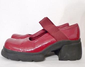 RED PLatFOrm Club Shoes/ Goth /Sz. 6.5 Patent Leather Lolita Harajuku DressUp Oxford Shoes. 2.25 Inch Heel. SALE