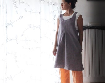 Linen crossback pinafore. Japanese apron. No ties, super clean look. Made in Italy. Sizes S to XL.
