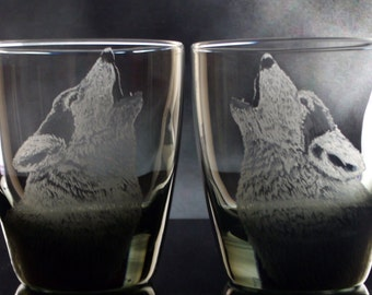 Wolf Glass Tumblers custom whiskey glass on the rocks Set of 2 DOF hand engraved