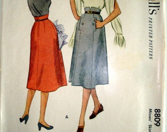 """Vintage 1951 McCall's 8809 Classic Skirt with Interesting Center Front Pocket Detail Sewing Pattern Waist 24"""""""